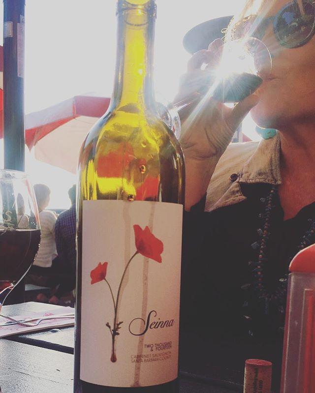 happy wine Wednesday everyone! #drinkseinna . . . . . . . . #seinnawine#seinna#wine#winelover #winesisters #vineyard #photography #vines #winewednesday #santabarbaracountywine #happyhumpday#ourmama