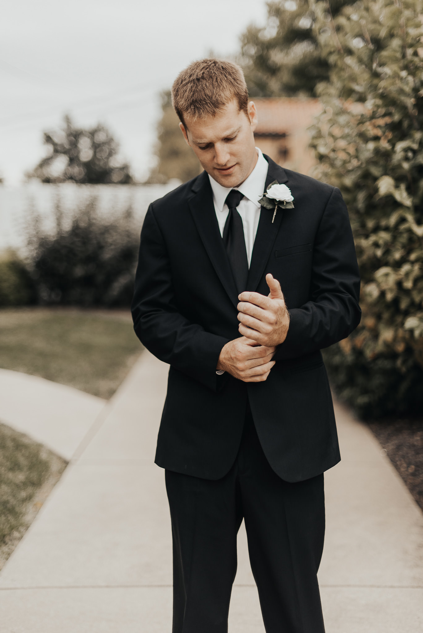 Groom (38 of 42).jpg