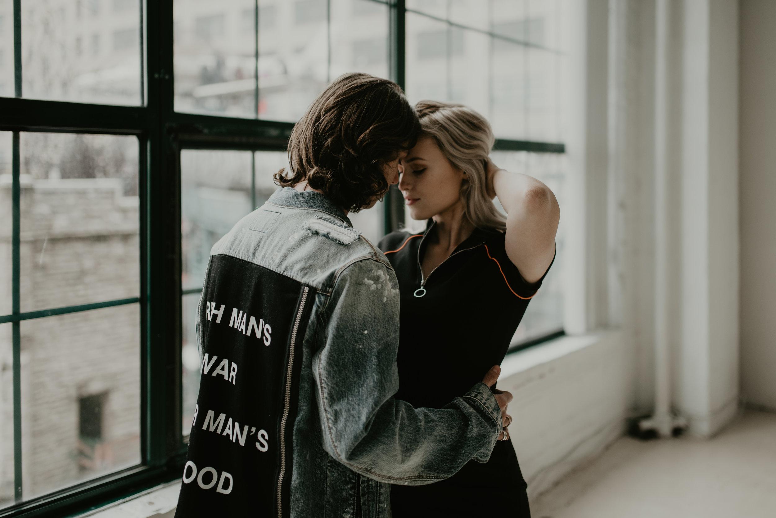 city-studio-st-louis-photographer-couples-photos