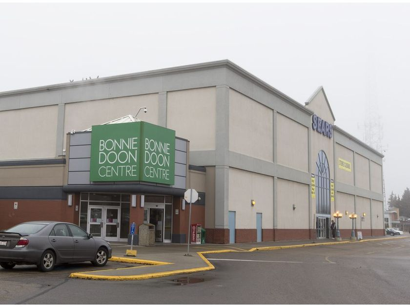 bonnie doon mall sears, just months from closing in 2016 - greg southam / edmonton journal