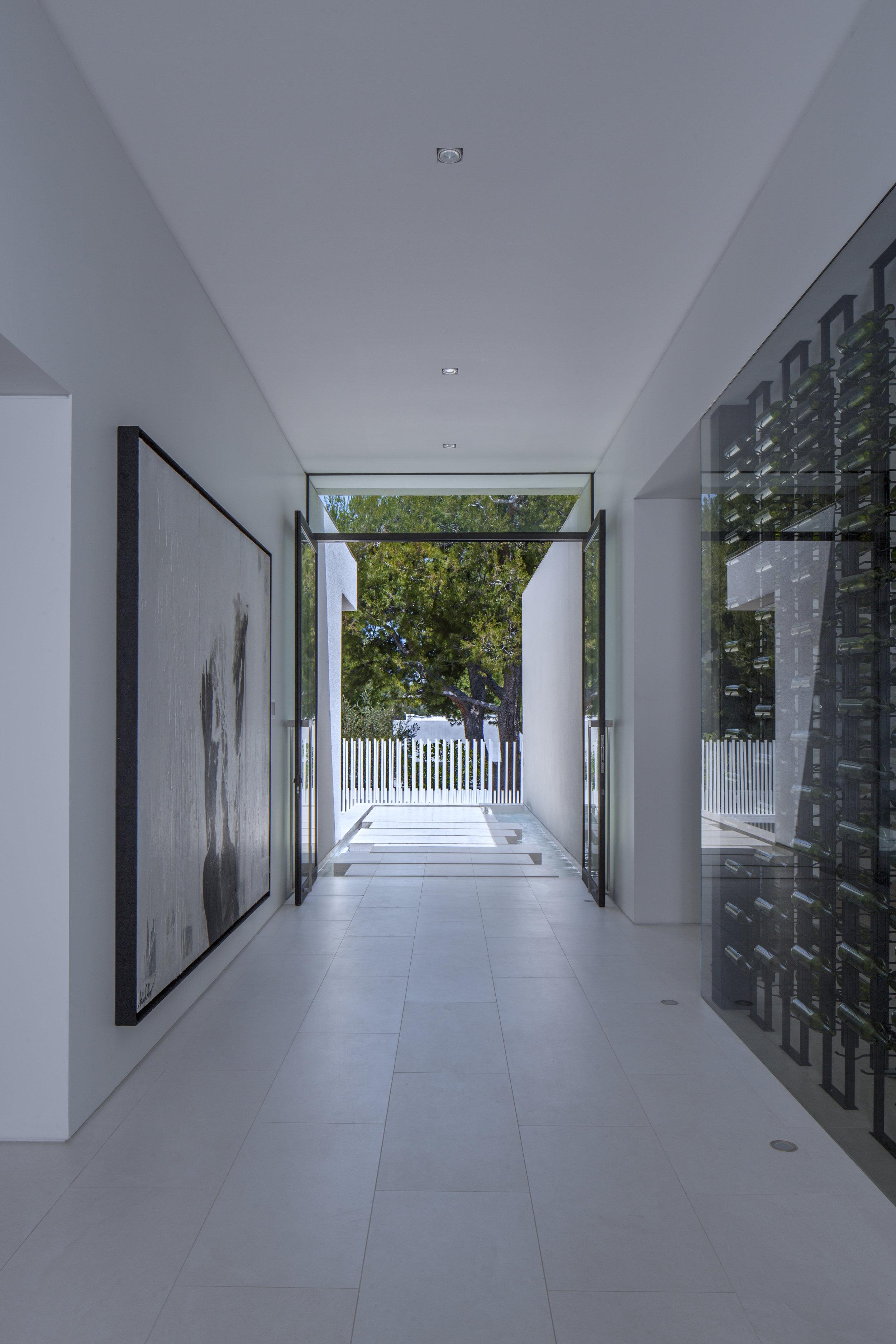 Boswell - Mirrorhouse 3.jpg