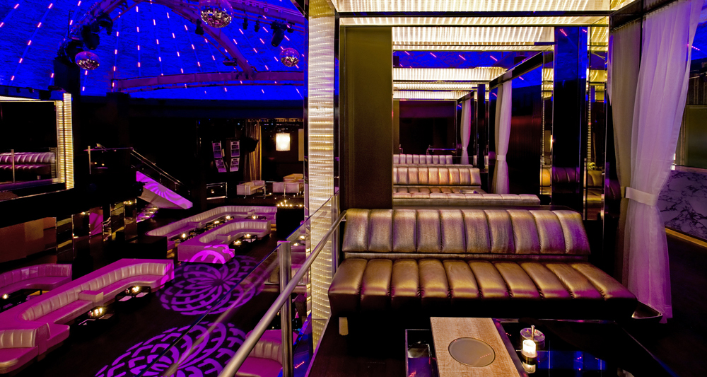 List your luxury Venue with us. -