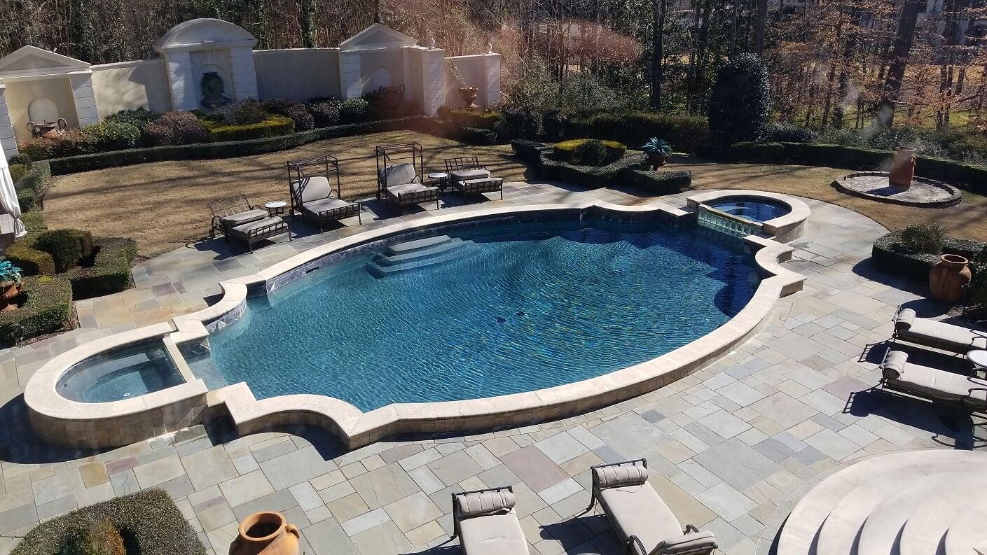 Pool & 2 Jacuzzi's