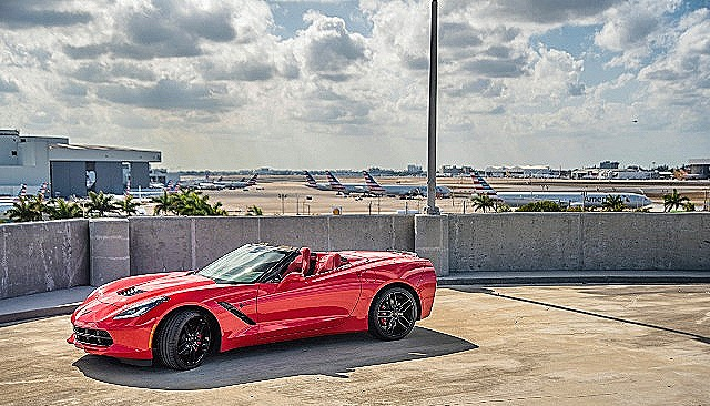 Corvette Stingray Convertible - Color | Red