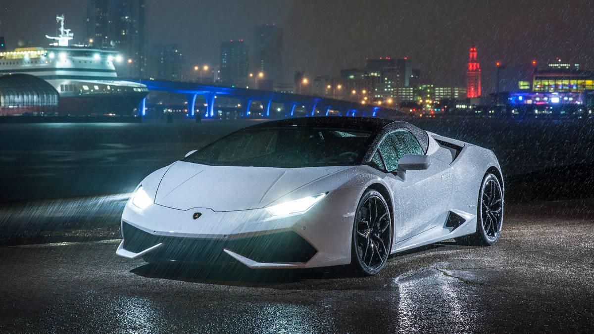 Lamborghini Huracan Spyder - Color | White