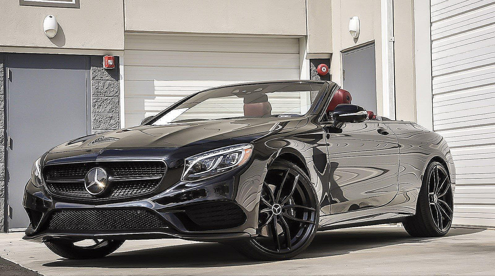 Mercedes-Benz S550 Convertible - Color | Black
