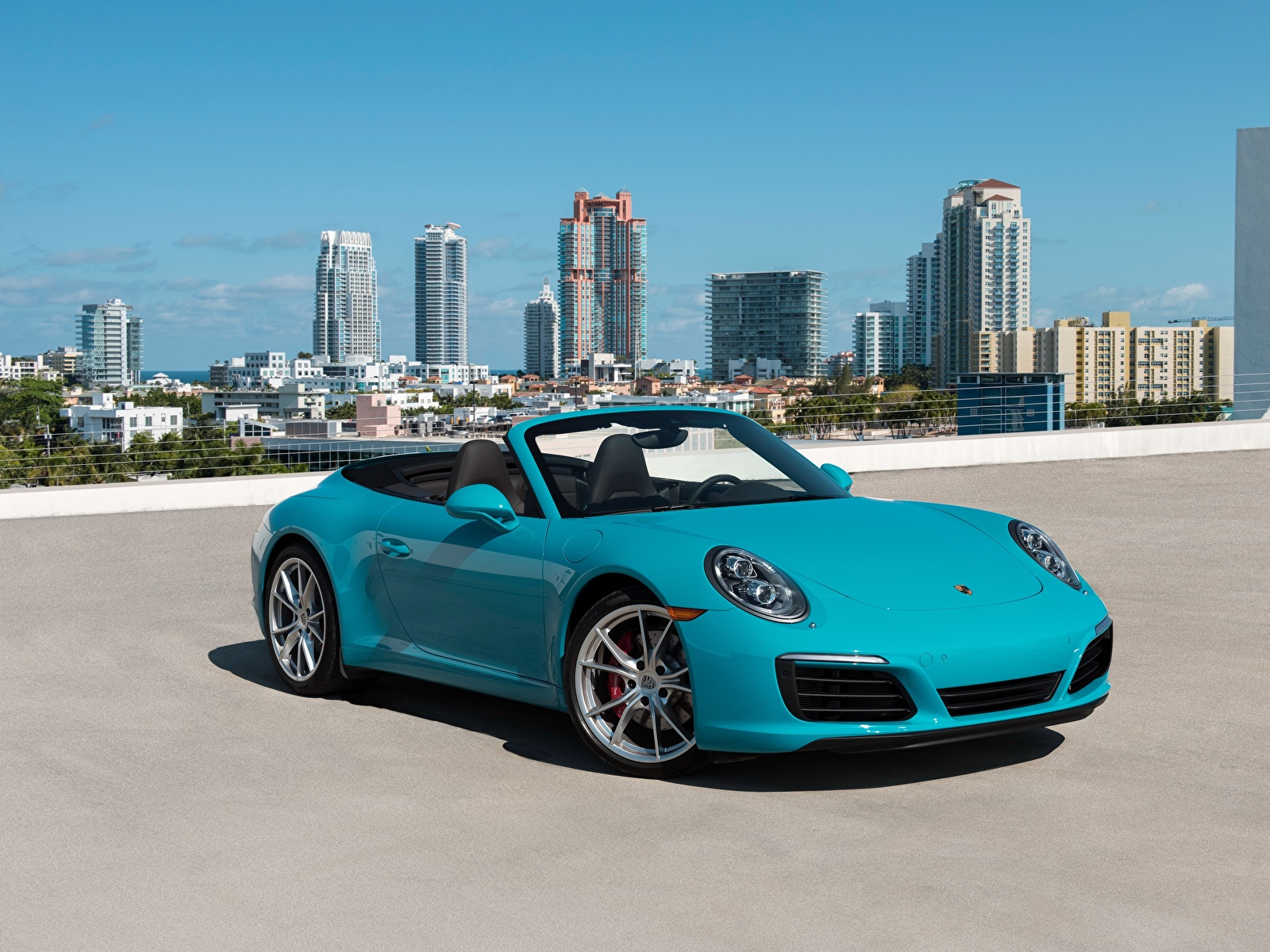 Porsche 911 Carrera Convertible 4S - Color | Light Blue