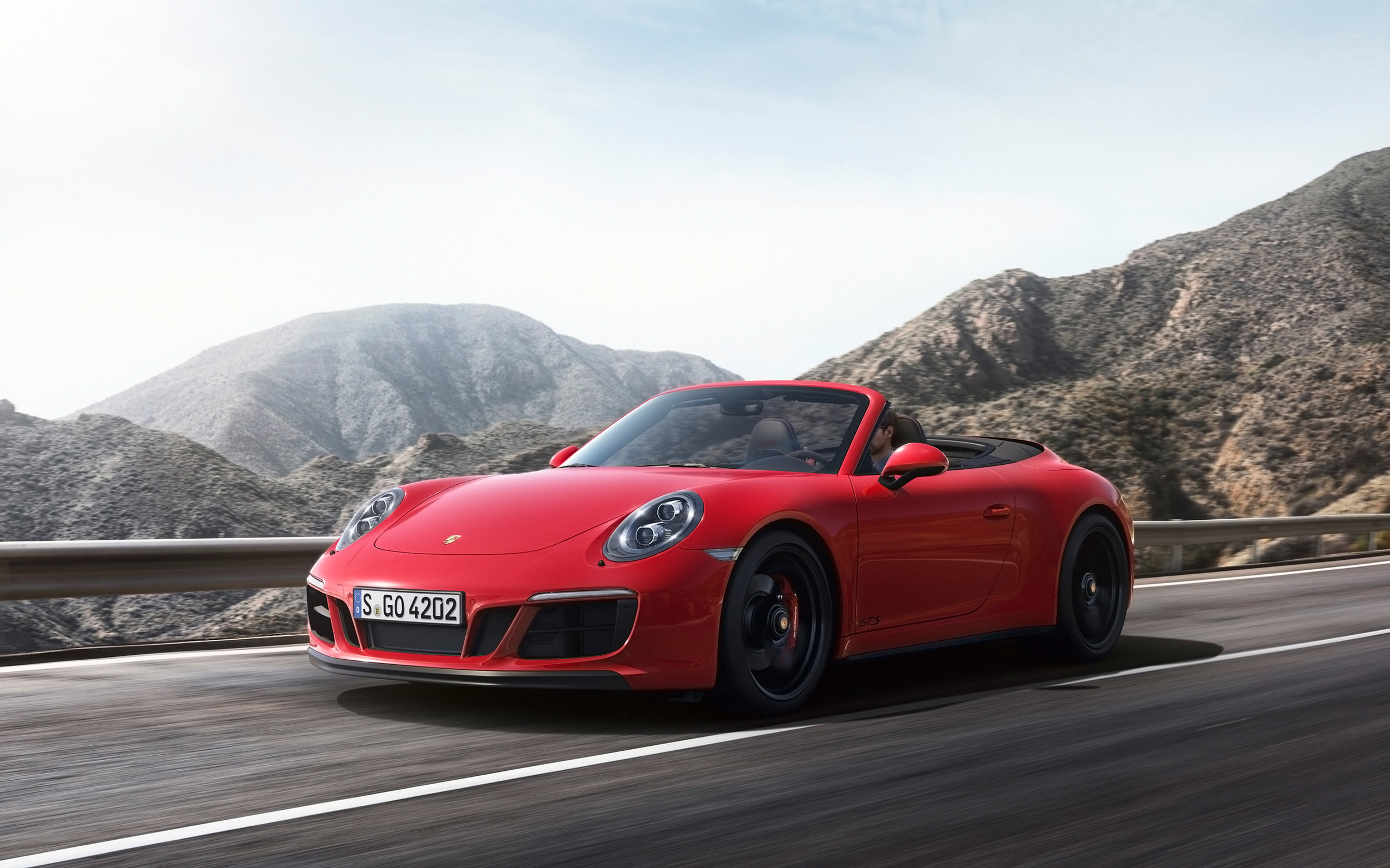 Porsche 911 Carrera Convertible 4S - Color | Red