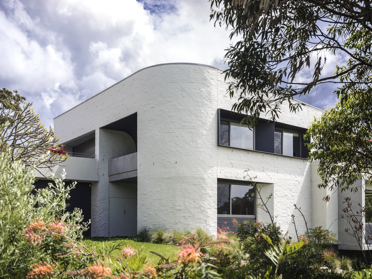 COLLAROY DWELLING