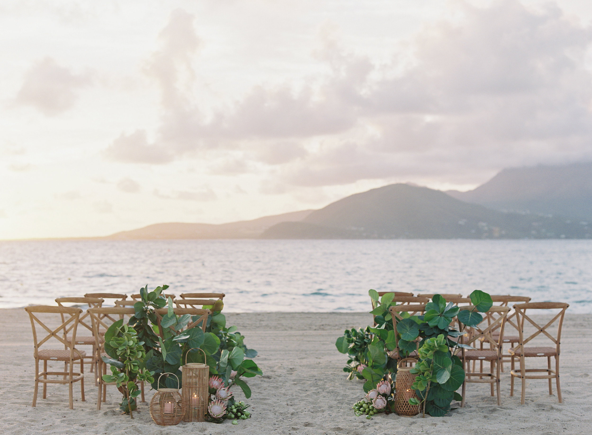 laura gordon - 361-lauragordonphotography_stkitts.jpg