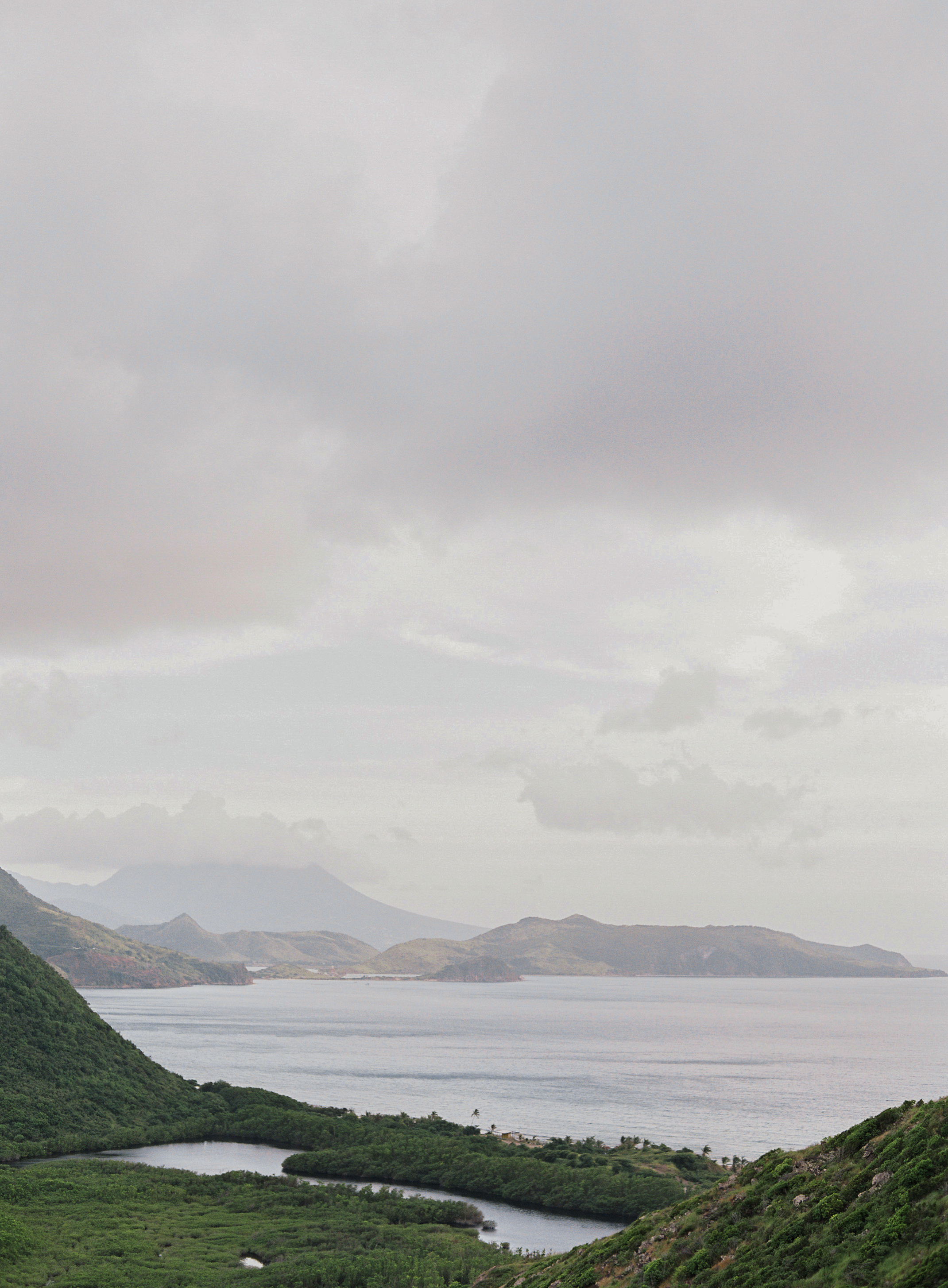 laura gordon - 329-lauragordonphotography_stkitts.jpg