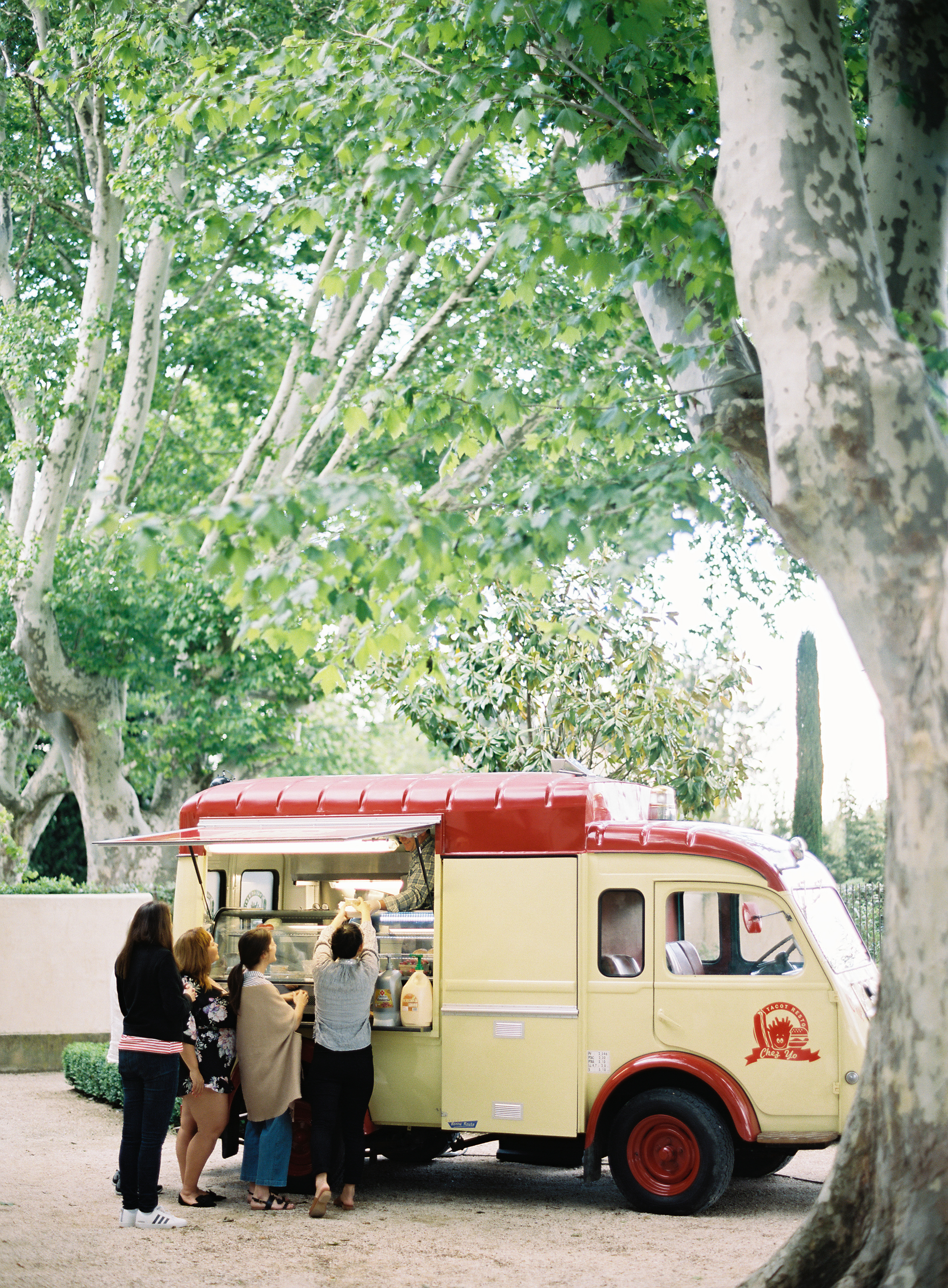 Provencal Burger Bus for Welcome