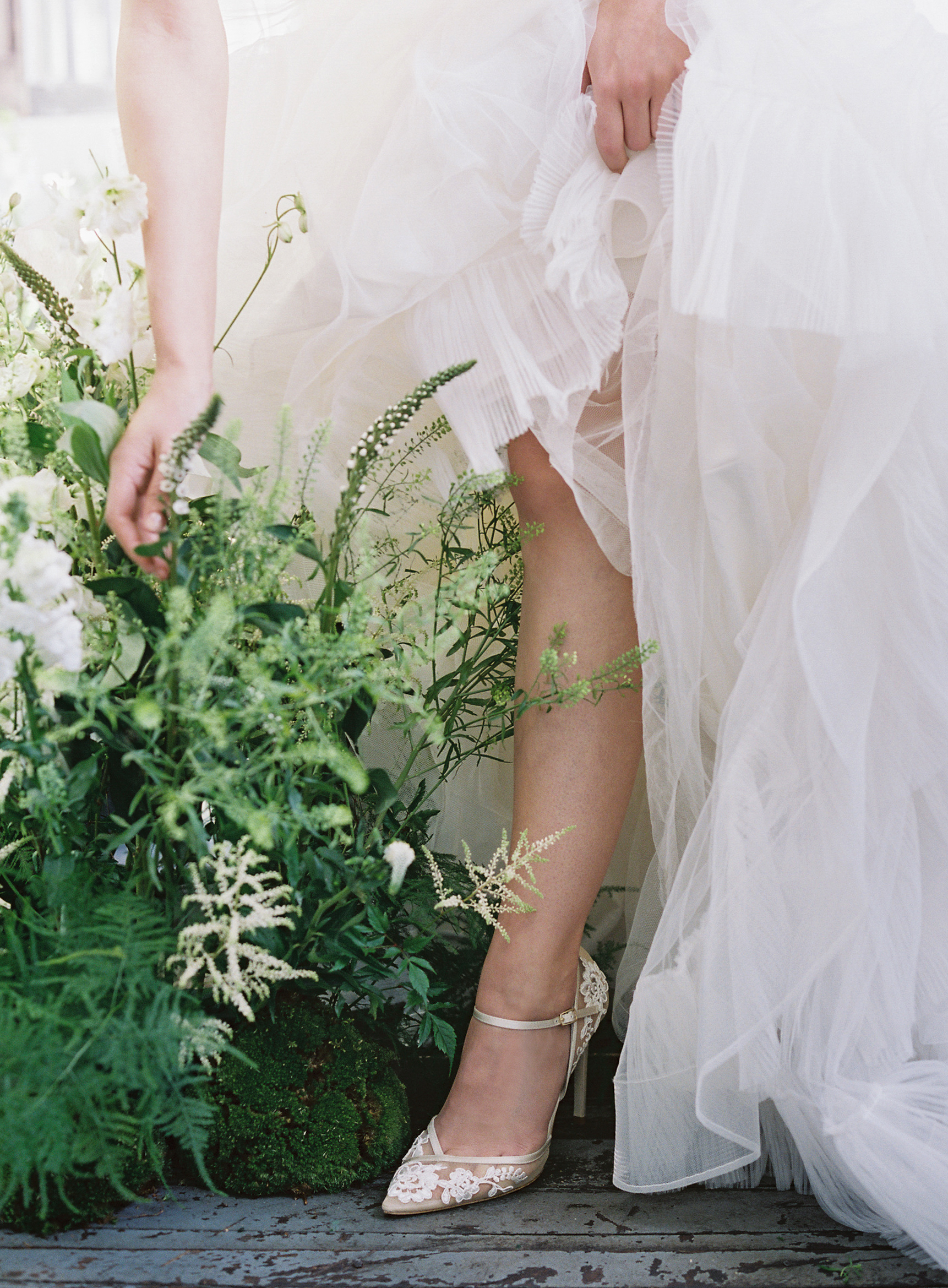 LauraGordonPhotography(c)_bellabelle2019bridal-65.jpg