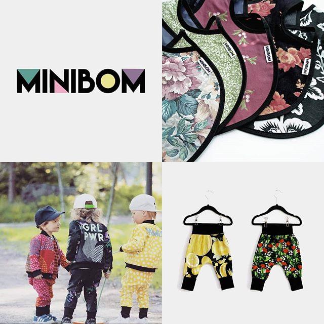 Imorgon, fredag 12.4, hittar ni Minibom tillsammans med @dolce.vita.design som säljer etiska och lokalproducerade barnkläder på pop-up shoppen i Petalax vid f.d. Andelsbanken. Köp gåvor till de allra minsta och stöd samtidigt lokala, kvinnliga småföretagare. Alla MINIBOM produkter på 30%!