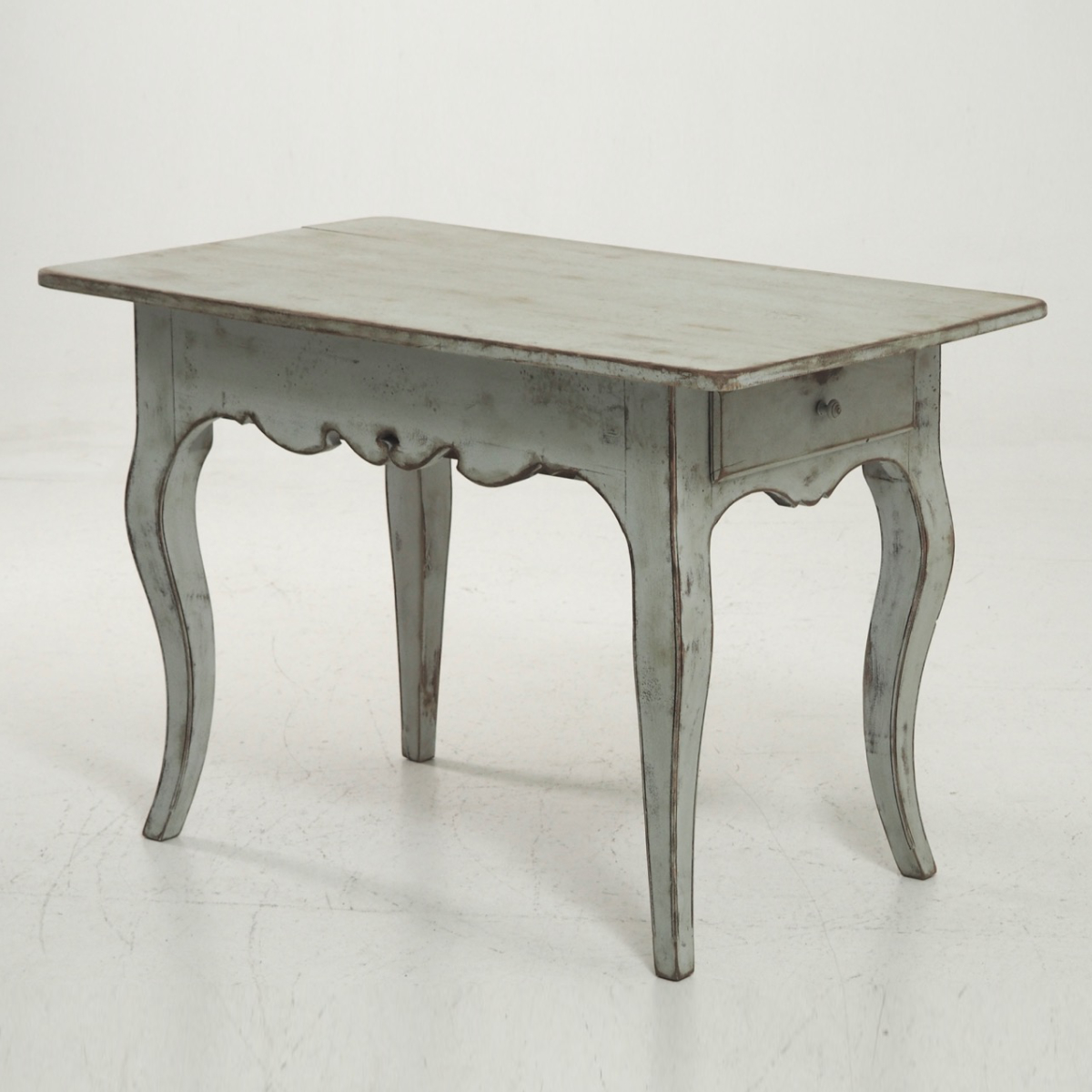 Freestending Rococo style table, 19th C. - € 1.900