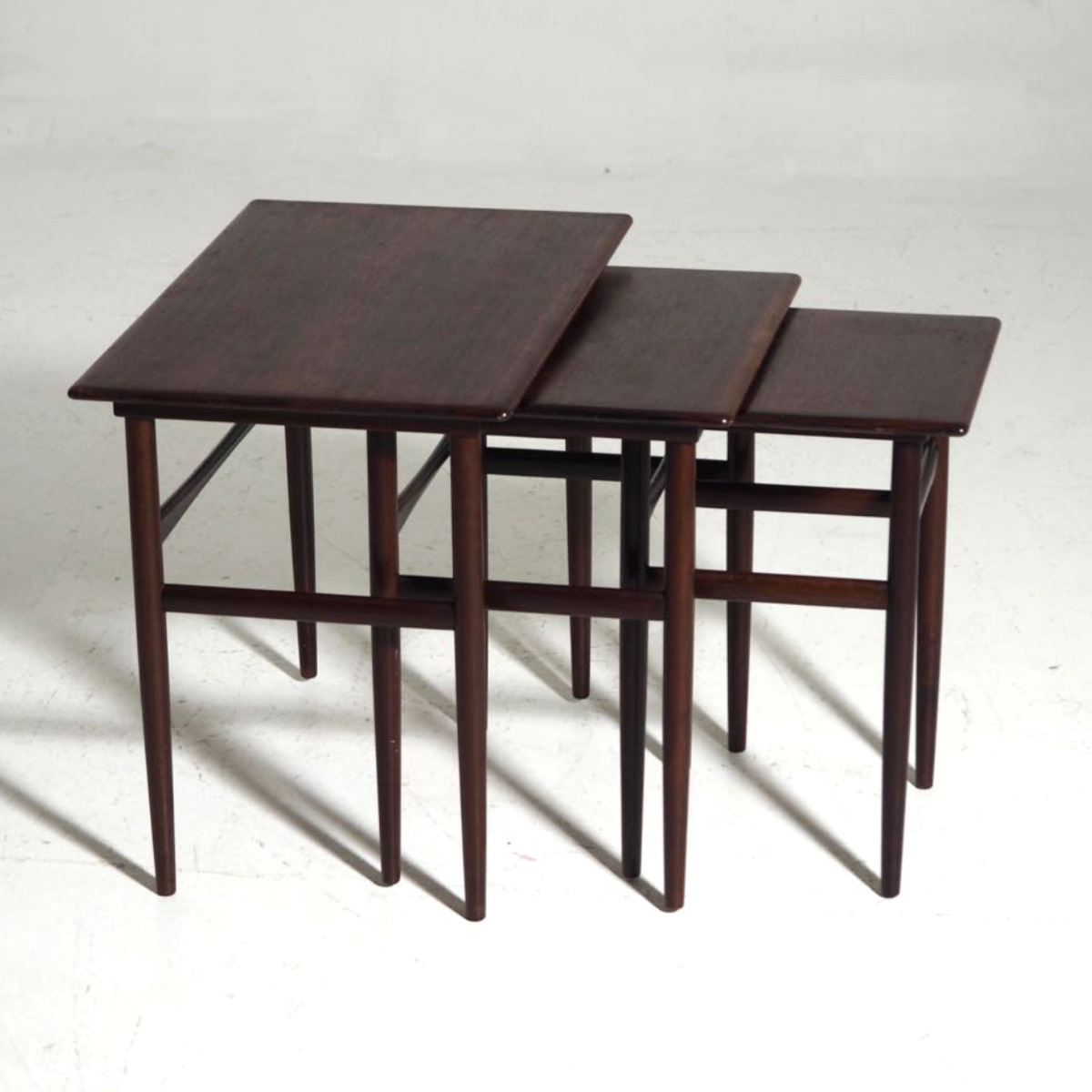 Nest of tables in rosewood, Danish architect, signed Amager Bolighus, circa 1960. .jpg