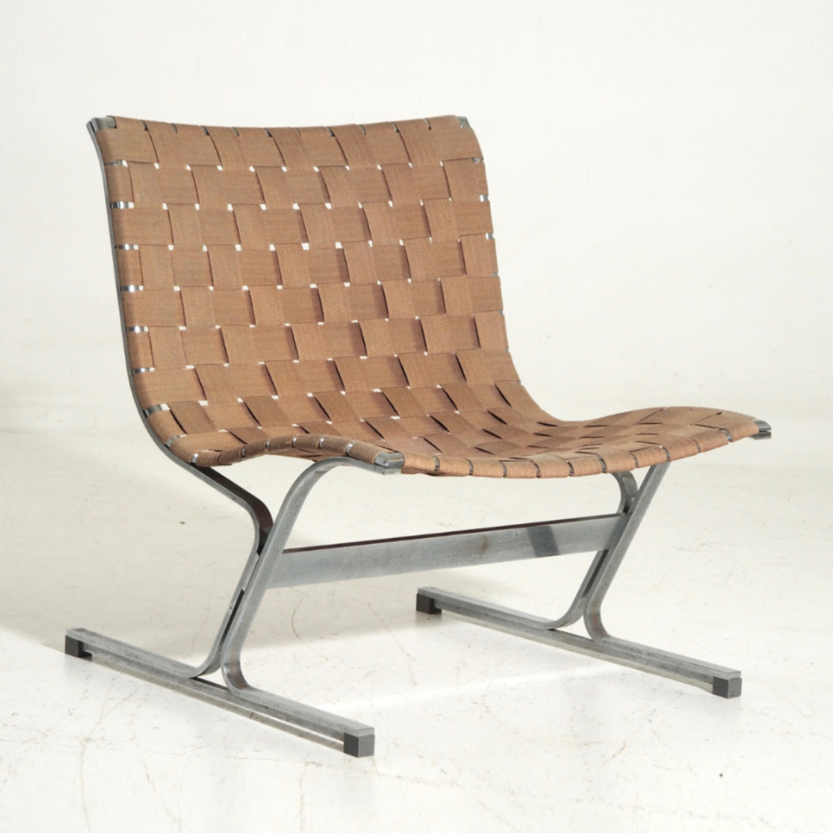 13089-2D  Very rare Italian lounge chair, 60's.jpg
