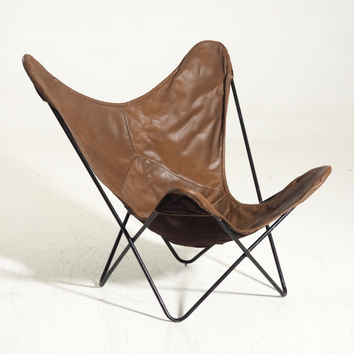 %22Bat%22-chair in leather and black painted steel, 60's : 70's  .jpg