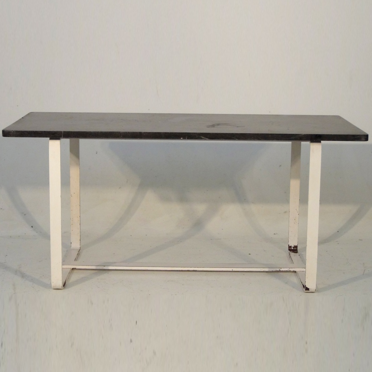 Rare Swedish iron table, circa 1930. - € 1.200