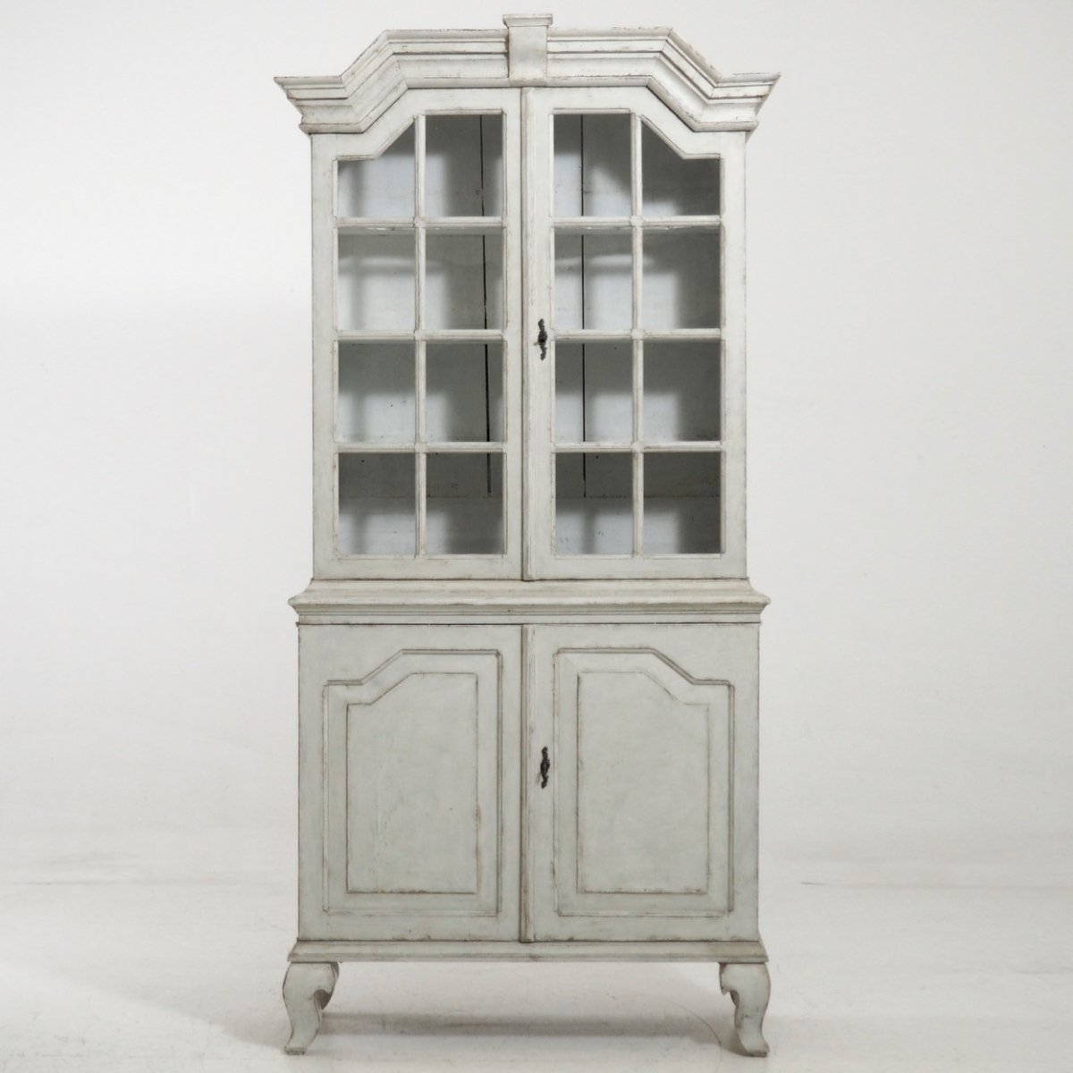 Swedish Baroque cabinet, 1740. - € 3.500