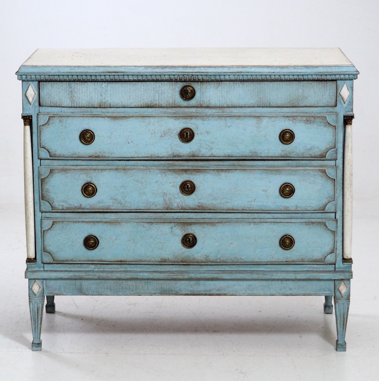 Very fine Gustavian chest, circa 1800 - € 1.800