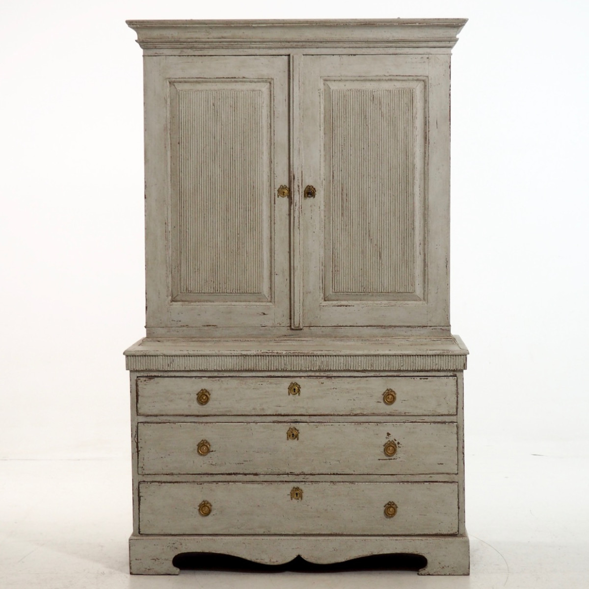 Swedish two parts cabinet, ca. 1790. - € 3.300
