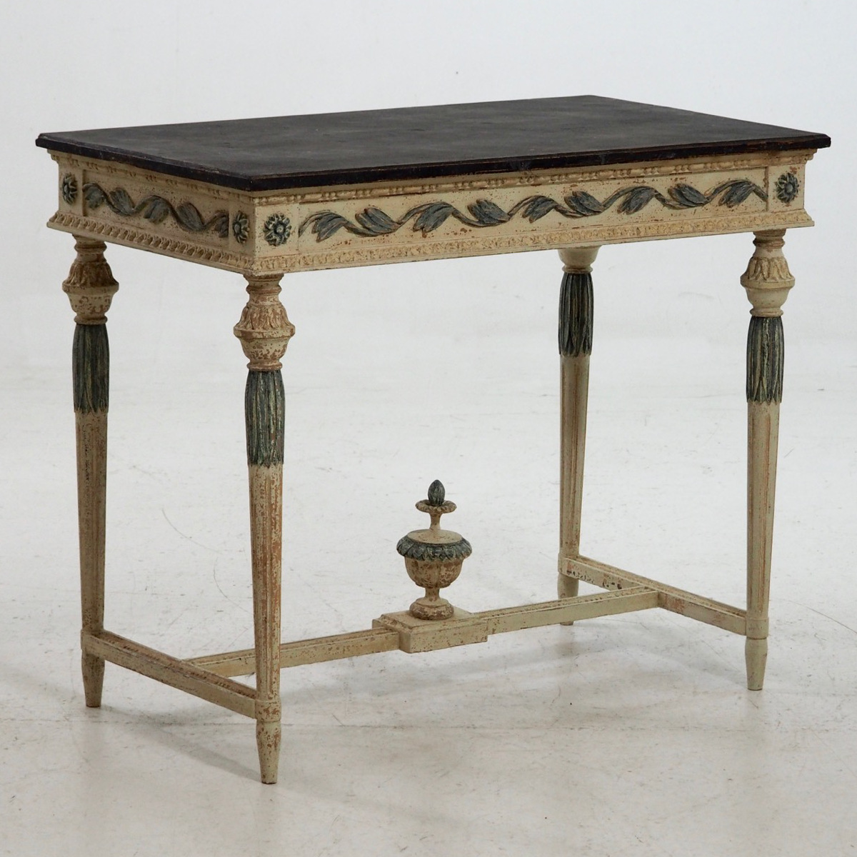 Important console table, ca. 1820. - € 2.200