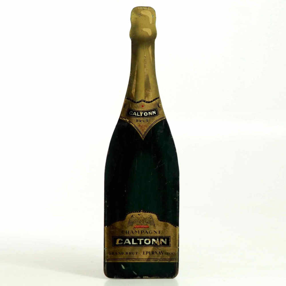 Champagne bottle in wood, - € 500