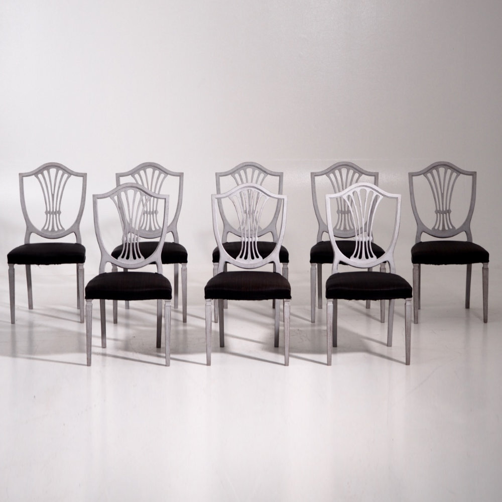 Eight European chairs, early 20th C. - € 3.000