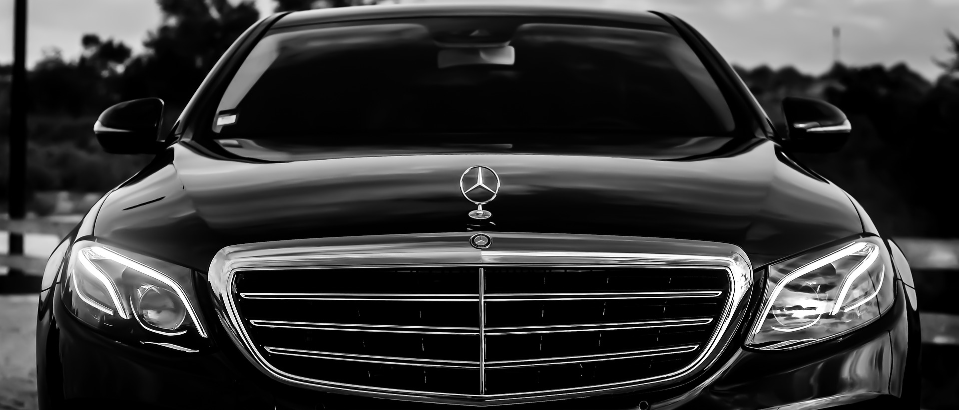 Airport Transfers to All London Airports - Professional & Reliable Airport Taxis and Private Hires in Brighton & Lewes Area.