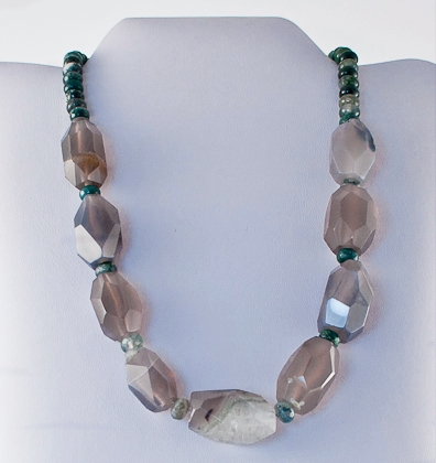 Grey agate and green jade necklace