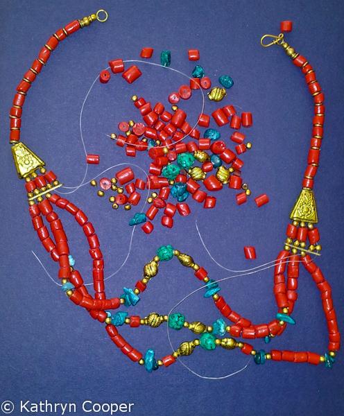 Don't throw away your broken jewellery!
