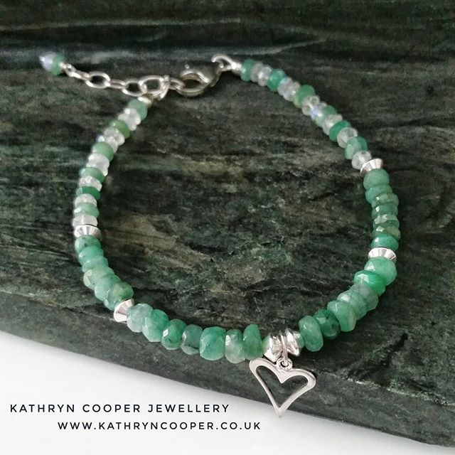 Take 2 for my exquisite Emeralds and Moonstone bracelet - May and June's birthstones. Handcrafted and for sale now on my website (link in bio). 💚💚💚💚💚💚💚💚💚💚💚 . . . . . . . #emerald #emeraldjewellery #emeraldbracelet #maybirthstone  #colourfulbracelets #wishlists #uniquejewelry #buyhandmade #bohovibes #moonstone #moonstonejewellery #bespokejewellery #multigemstone #gemstonejewellery #jewelleryaddict #madeinbritain  #ukblogger  #kathryncooperjewellery  #myjewelleryfamily  #jewelleryinfluencer  #giftsforher  #jewellerylover #beadedjewelryofinstagram