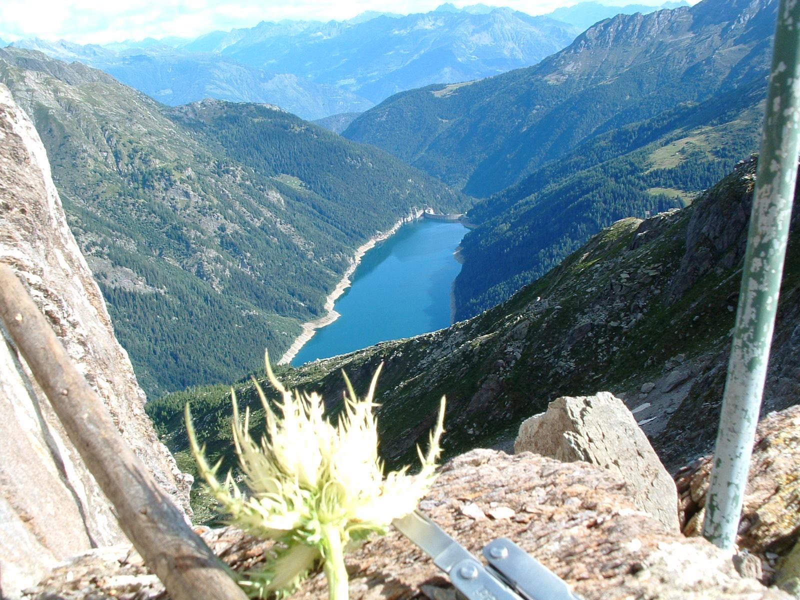 Lago_belviso_dal_sentiero_curò.jpg