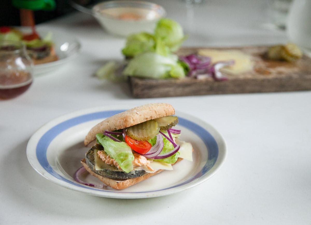vegeburger munakoiso kasvisburger