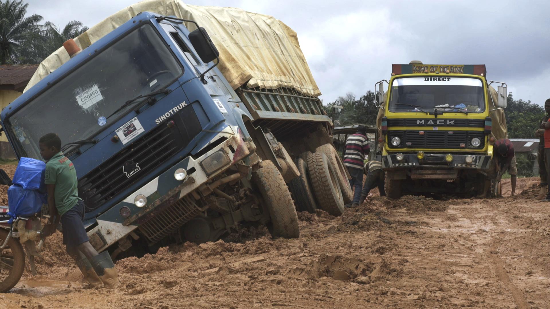 Trucks stuck on road.jpg