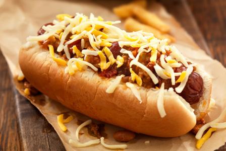 sunday-dinner-ballpark-chili-dogs_lgmchb.jpg