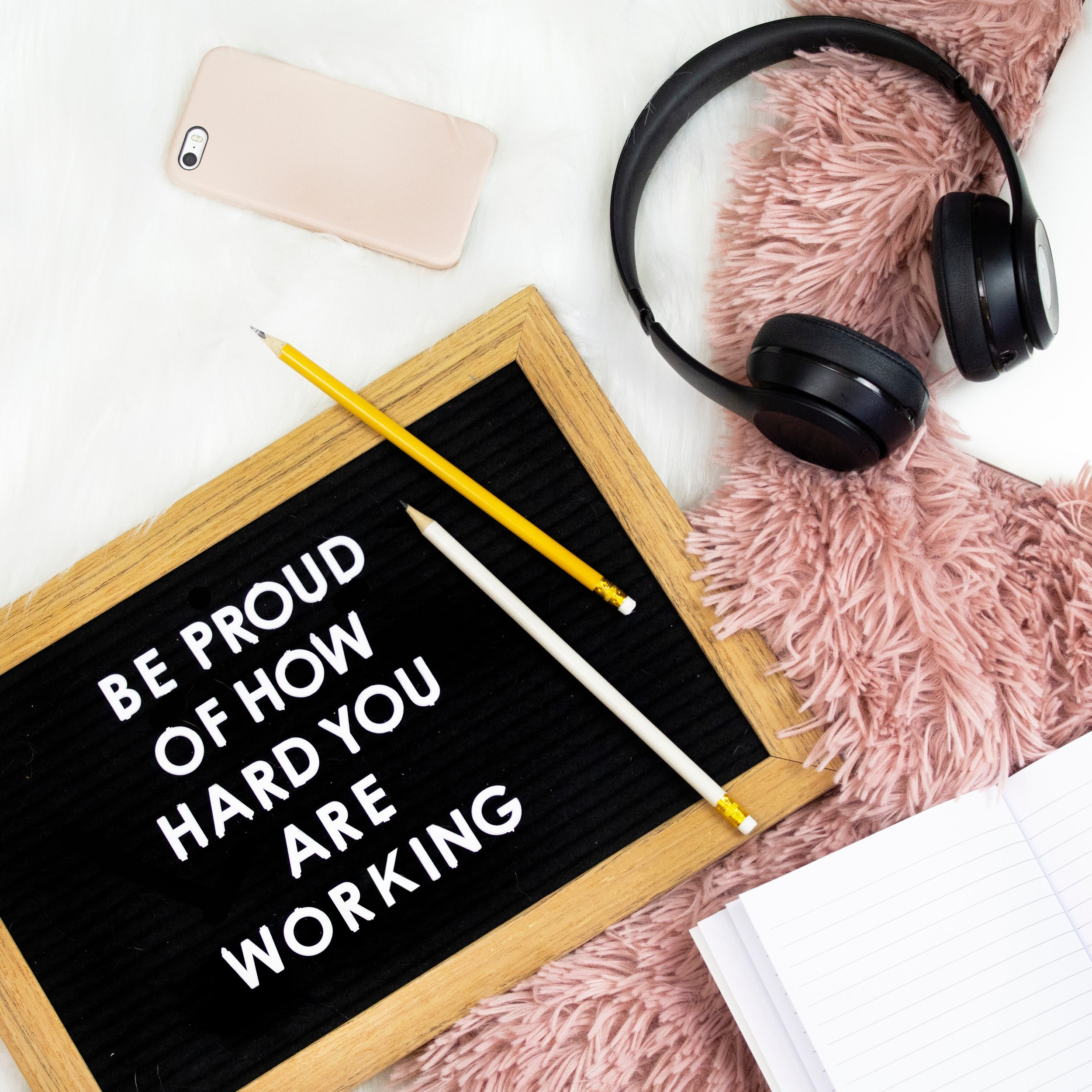 - What drives you to do what you do? Hang up inspirational quotes from people you admire or try a dream board! Whatever you need to keep you going. Every time you see that image or read that quote, you'll feel a spark of inspiration.