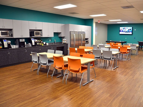 cafe-office-design-facility-planning-fm-services-fm-companies-commercial-interiors.jpg