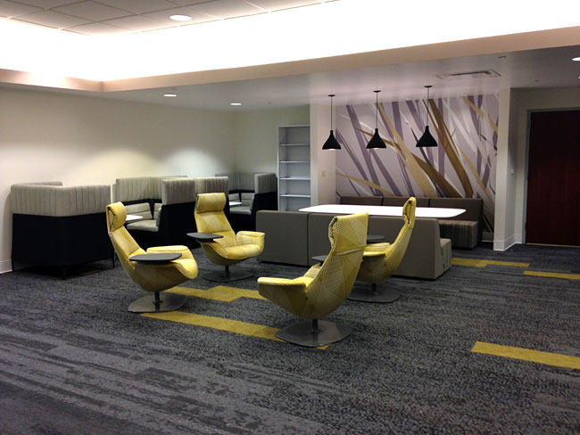 Lobby and Collaborative Space Commercial Interior Design