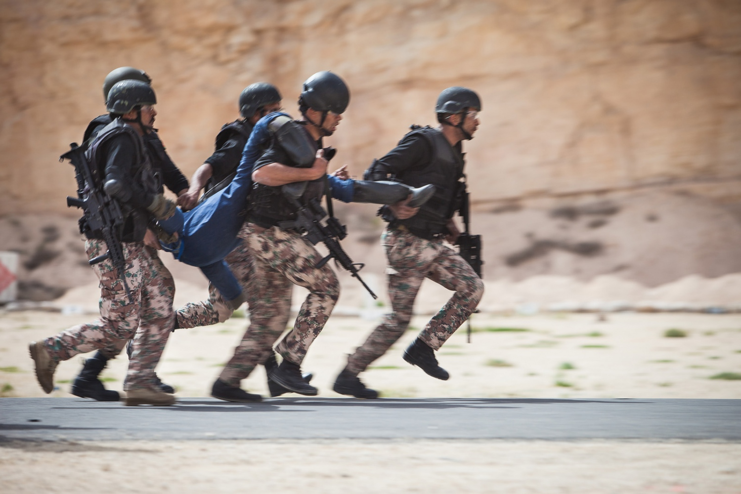 The Jordan team participates in the hostage rescue exercise at the seventh annual Warrior Competition at the King Abdullah II Special Operations Training Center near Amman, Jordan, on April 20, 2015.