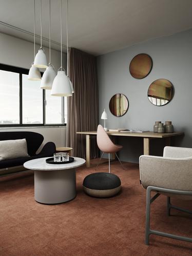 Minuscule Chair and Swan Sofa