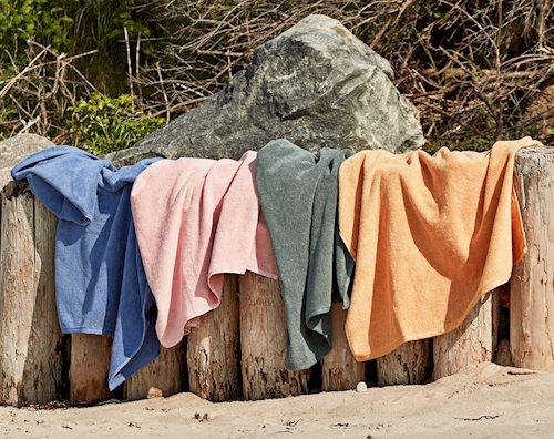 frotte-bath-towels_1390x1100.jpg