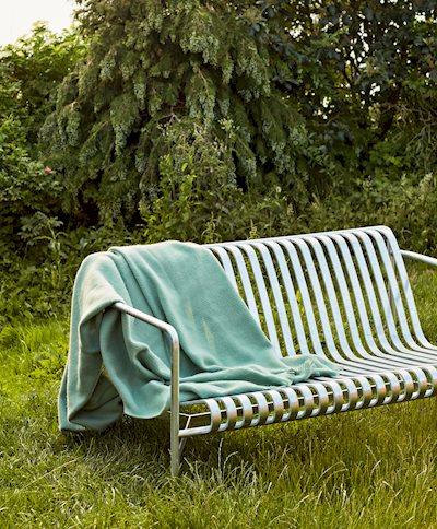 Palissade Lounge Sofa Hot Galvanised /Mono Blanket verdigris green