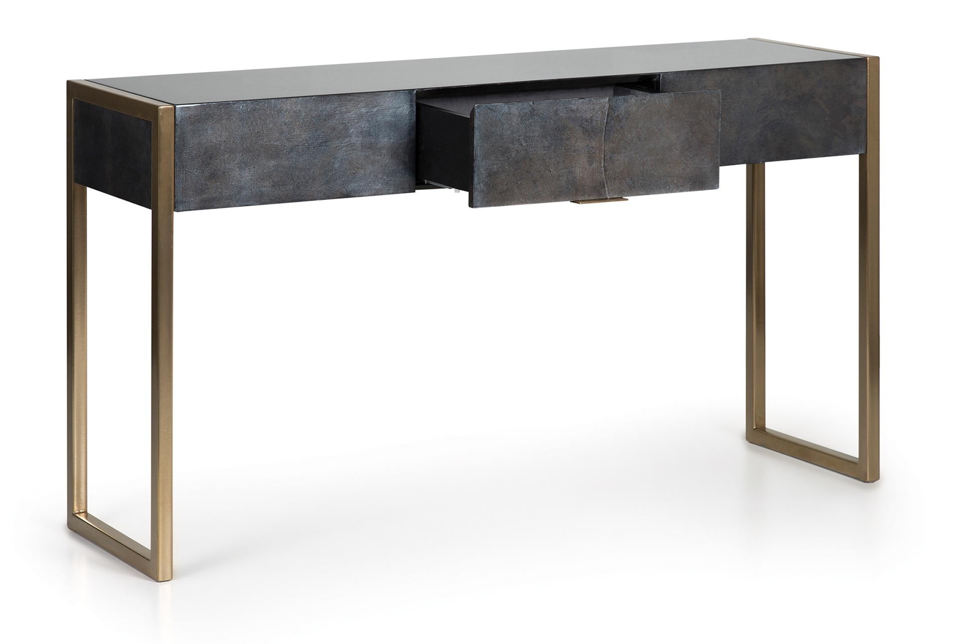 Lille Desk.jpg