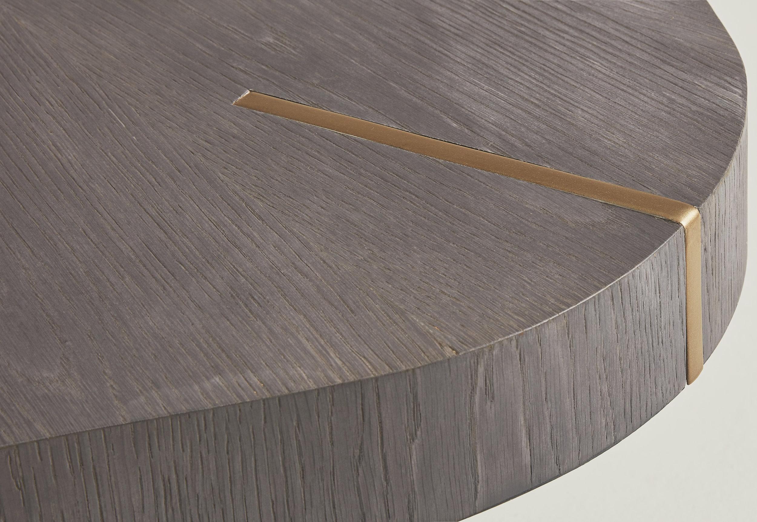 Bordeaux Dining table detail 2.jpg