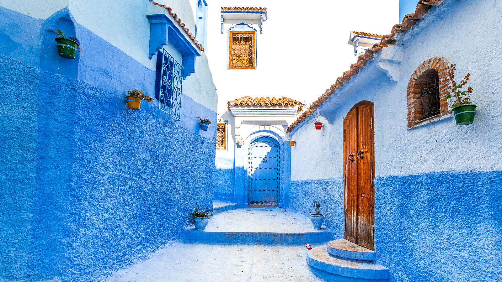 The streets and doors of Chefchaouen