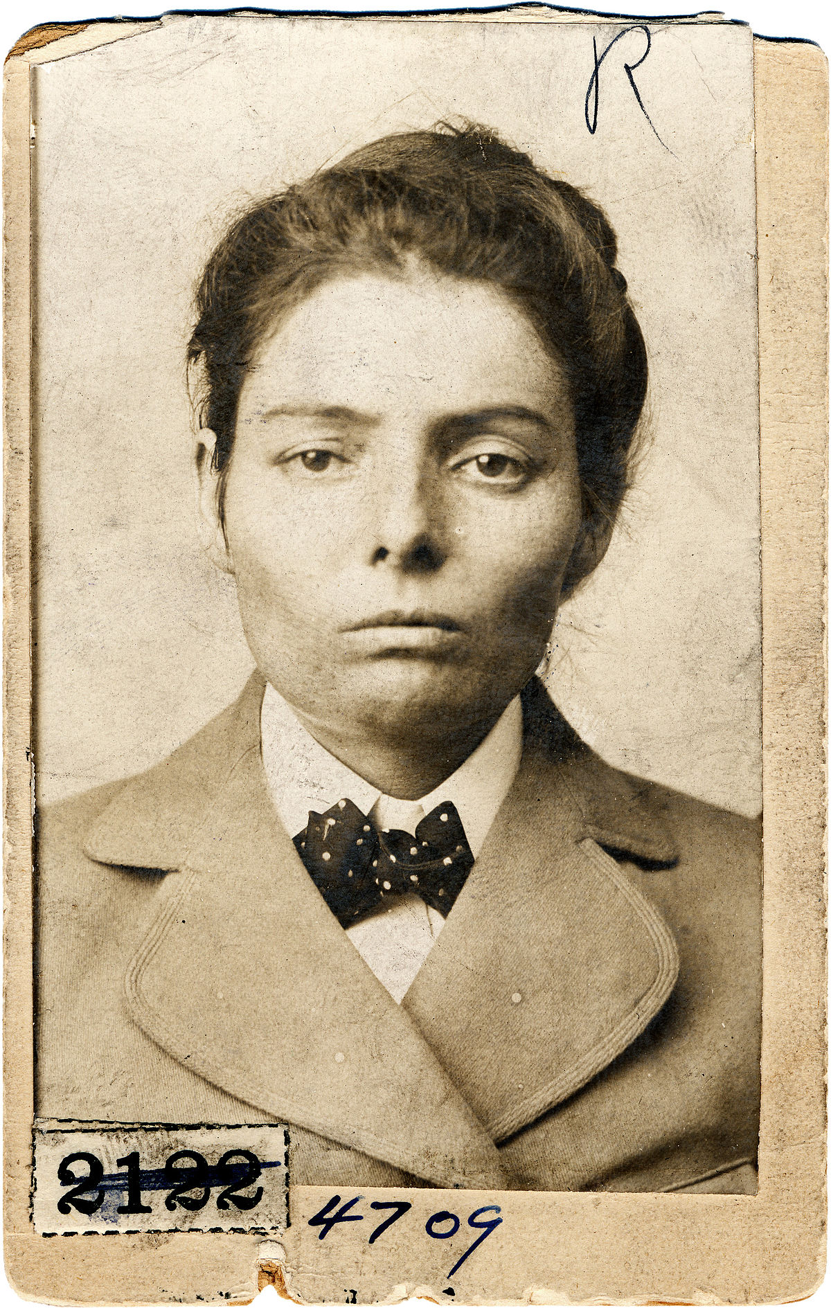 1200px-Laura_Bullion_of_the_Wild_Bunch_gang,_Pinkerton's_mug_shot,_1893.jpg