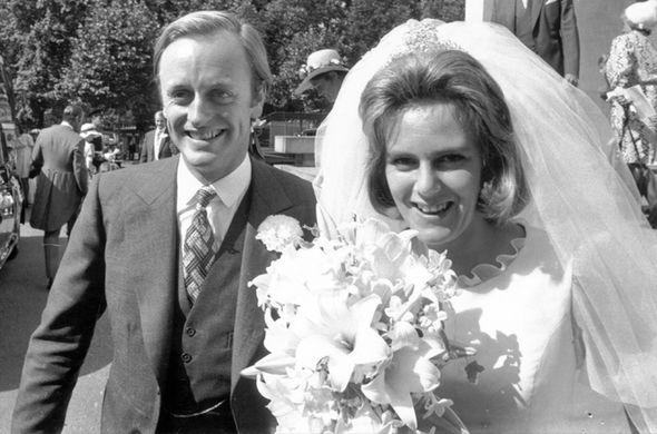 Camilla-Parker-Bowles-wedding-to-Andrew-1216906.jpg