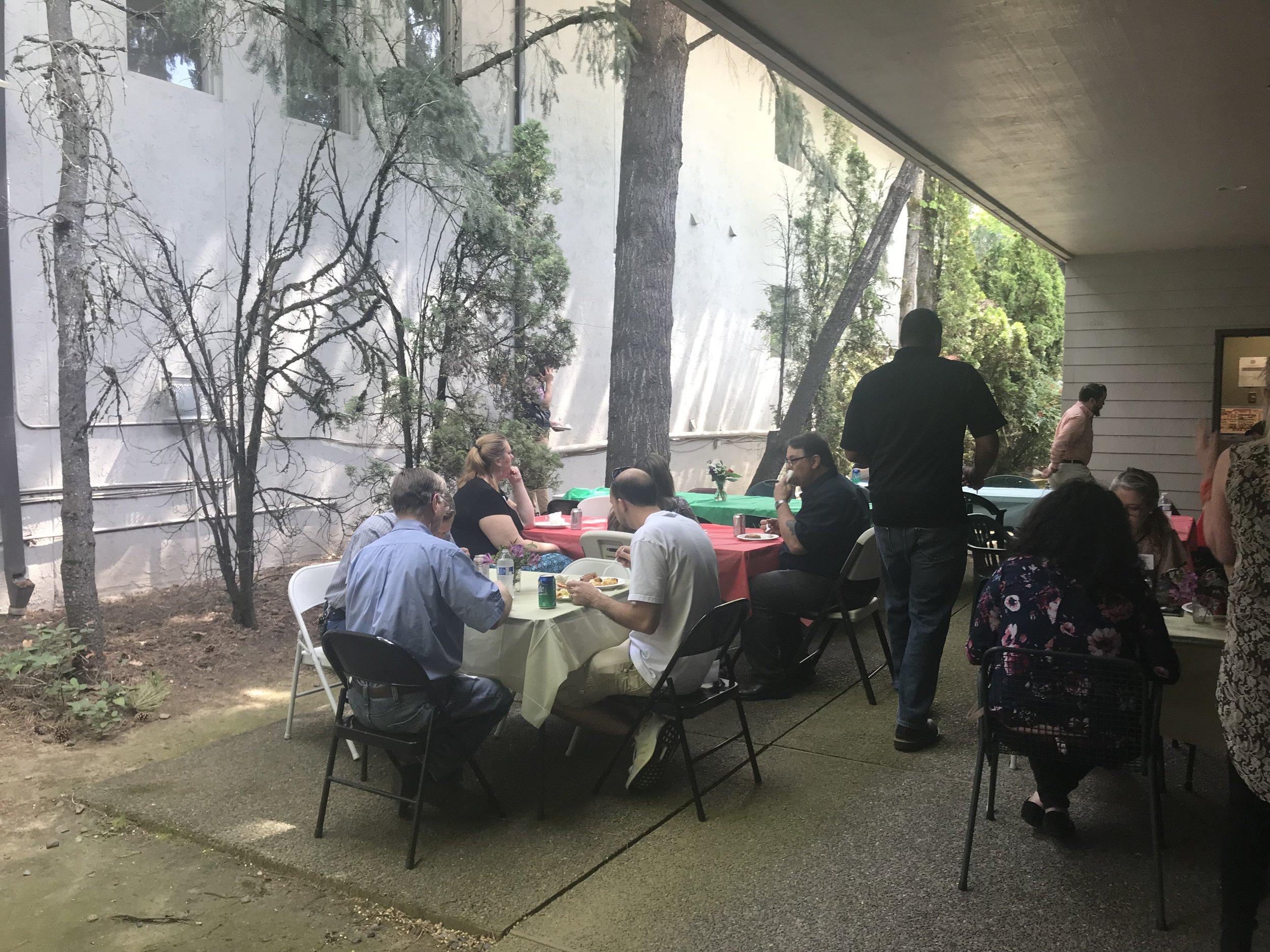Mainlander vendor lunch 2018_8.JPG